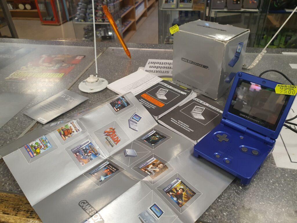 Ankauf von Gameboy Advance Sp komplett OVP. Grüsse an Marcel E aus Annaberg.!